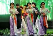 HaPhuong-Sings-16