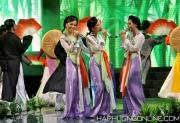 HaPhuong-Sings-19