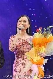 HaPhuong-Sings-3