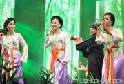 HaPhuong-Sings-10