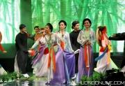 HaPhuong-Sings-15