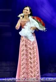 HaPhuong-Singer-Viet-Nam-5